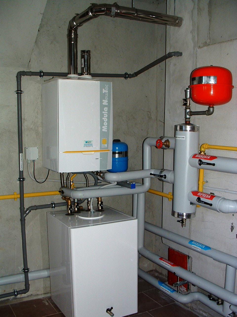 Caldaia a condensazione by gemini project srl gemini for Caldaia a gas wikipedia